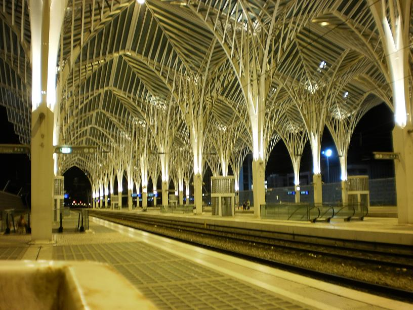 lisbon oriente train station night
