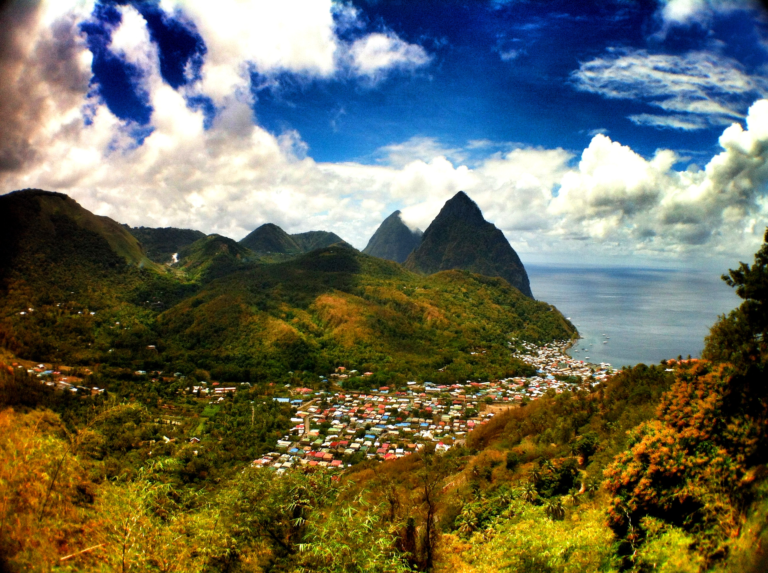 Discovering the Difference Between Traveling and Vacationing While in St. Lucia