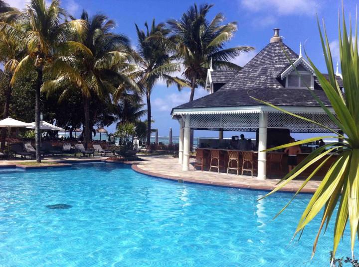 poolside_bar_le_telfair_mauritius