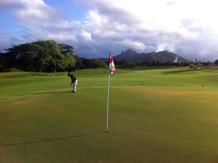 putting_four_seasons_golf_club_anahita