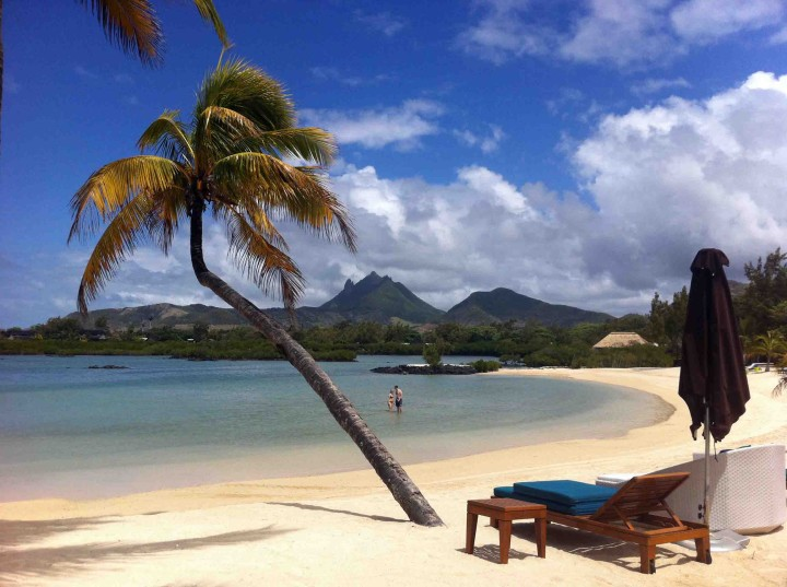 slice_secluded_paradise_four_seasons_mauritius_resort