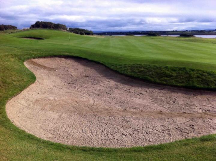 big_bunkers_galway_bay_golf_resort_ireland