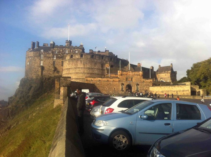 edinburgh_castle_old_town_edinburgh