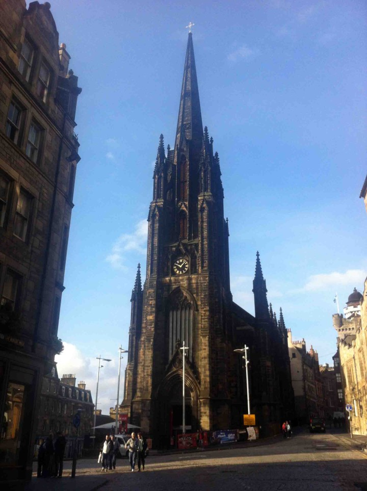 old_church_edinburgh_scotland