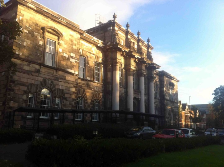 queens_university_belfast_northern_ireland