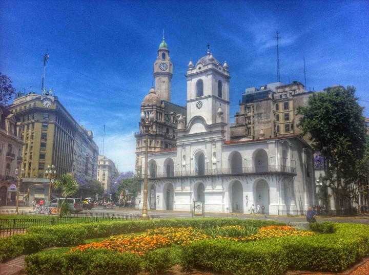 downtown_plaza_de_mayo_buenos_aires