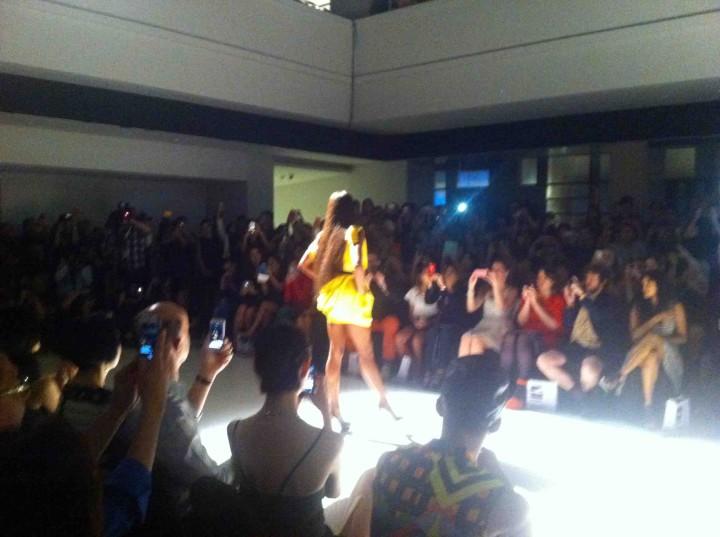 naomi_digial_fashion_week
