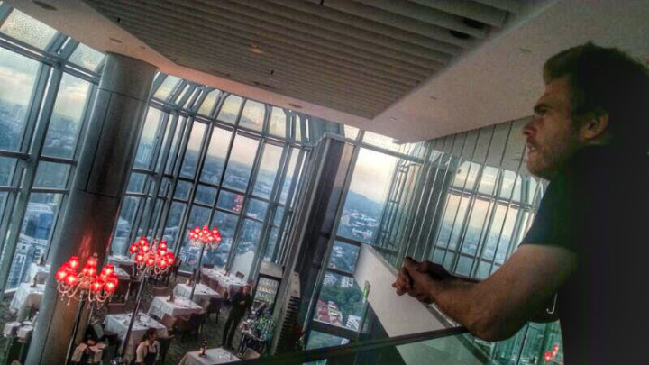 rob_salt_grill_sky_bar_singapore