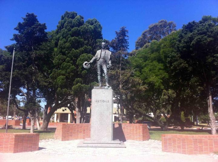 artigas_statue_piriapolis