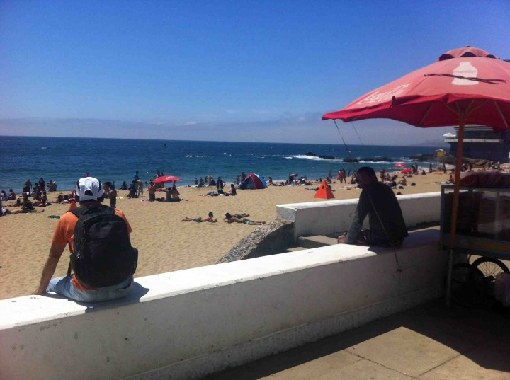 beach_chilling_vina_del_mar