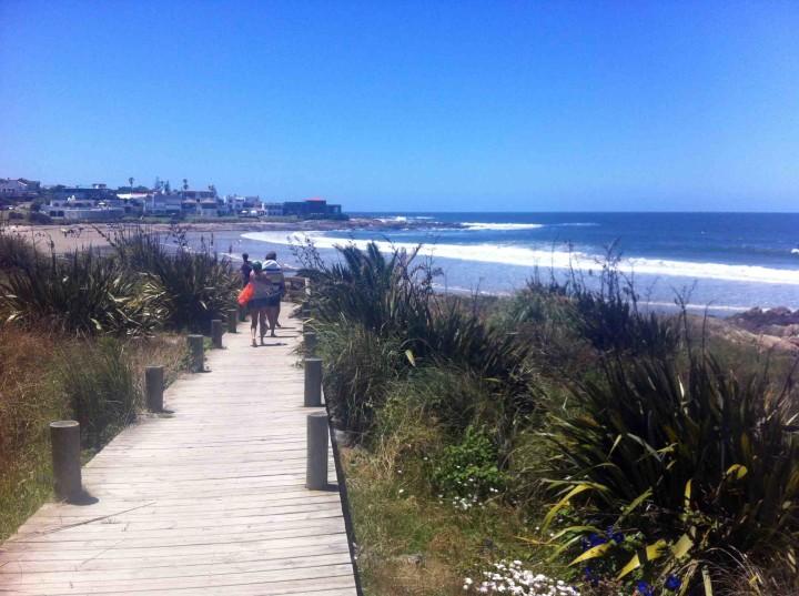 board_walk_beach_la_barra