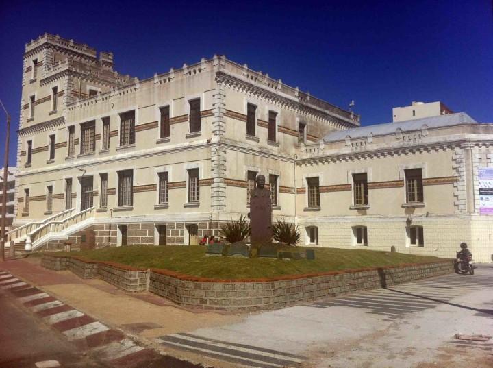buildings_piriapolis_uruguay