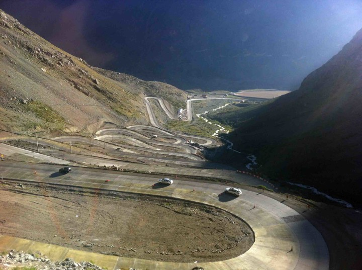 more_switchbacks_andes_argentina_chile