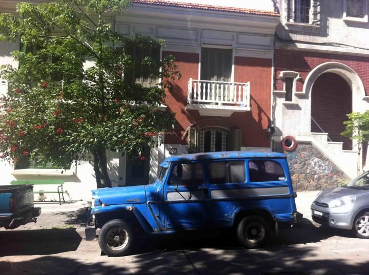 oldschool_car_montevideo