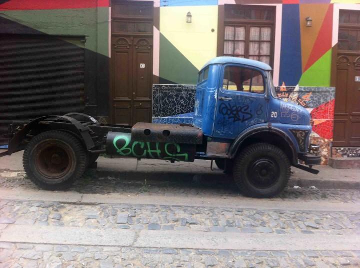 truck_valparaiso_chile