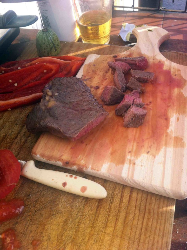 uruguay_cooking_steaks