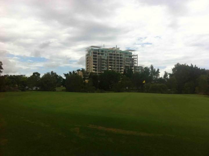 18th_green_pelican_waters_golf_club_sunshine_coast