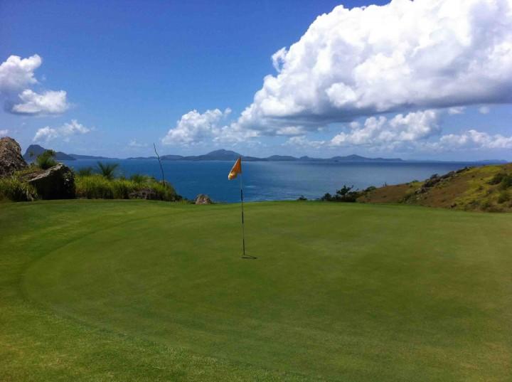 back_9_16th_hamilton_island_golf_club