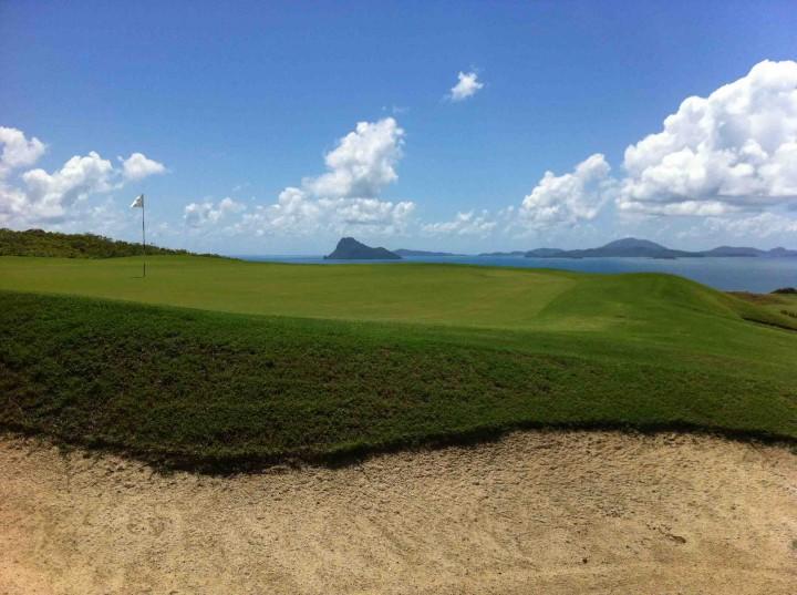 bunker_hamilton_island_golf_club