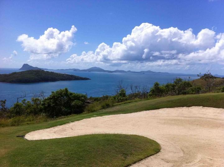 bunker_with_view_hamilton_island_golf_club