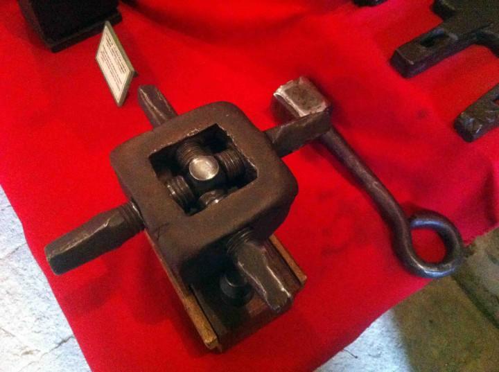 casa_de_la_moneda_original_printing_press