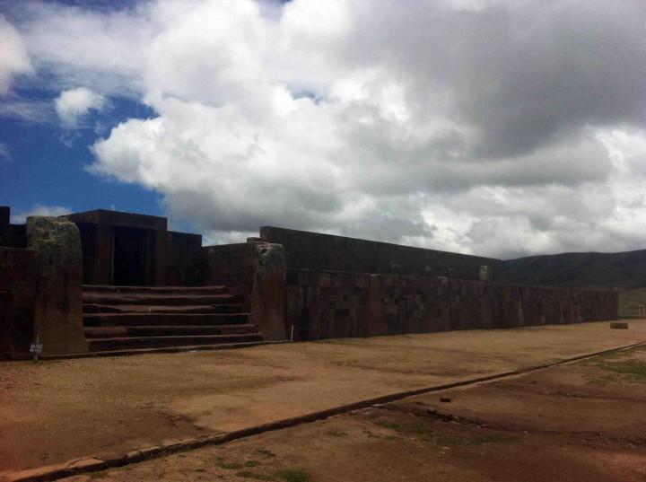 doorway_tiwanaku_bolivia