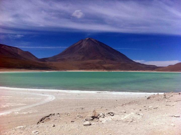 green_lagoon_bolivia