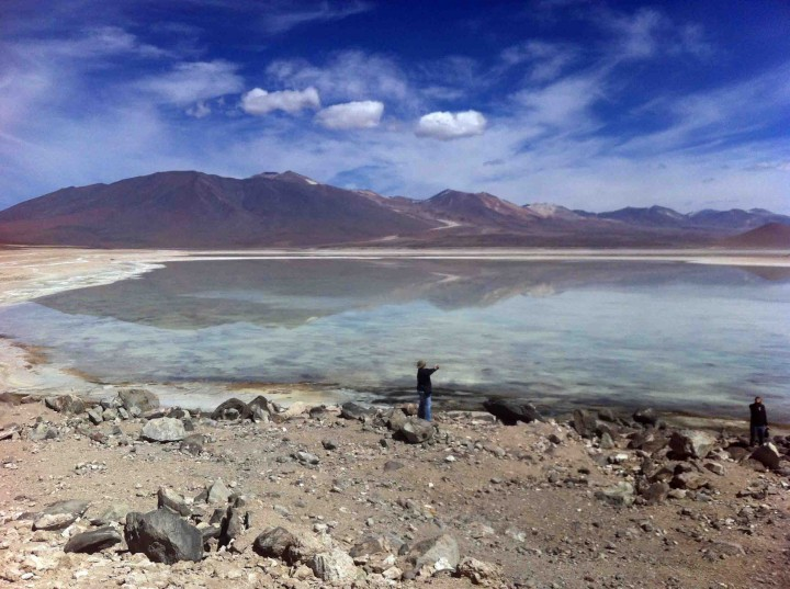 lagoons_andes_mountains