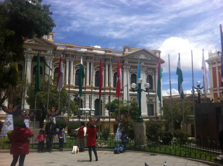 plaza_in_la_paz_bolivia