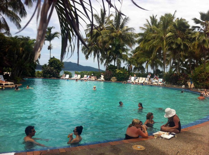 pool_side_chilling_hamilton_island_australia