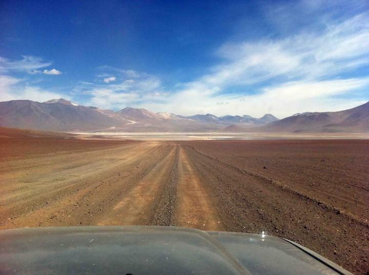 road_to_salt_flats