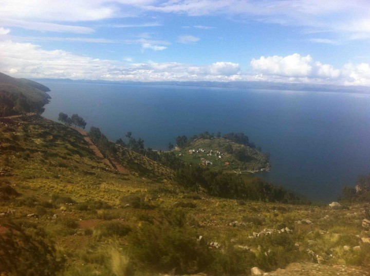 village_lake_titicaca