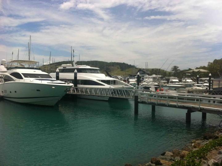 yachts_hamilton_island_australia