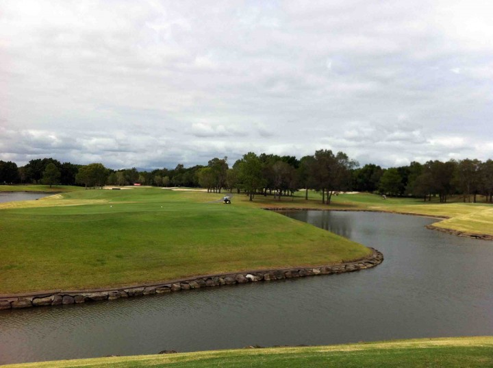 blue_tee_box_racv_royal_pines_golf_course_gold_coast