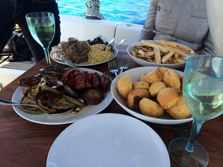 appetizers_sailing_yacht_malta