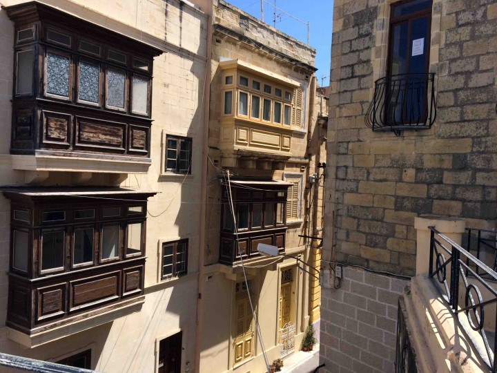 balconies_birgu_malta