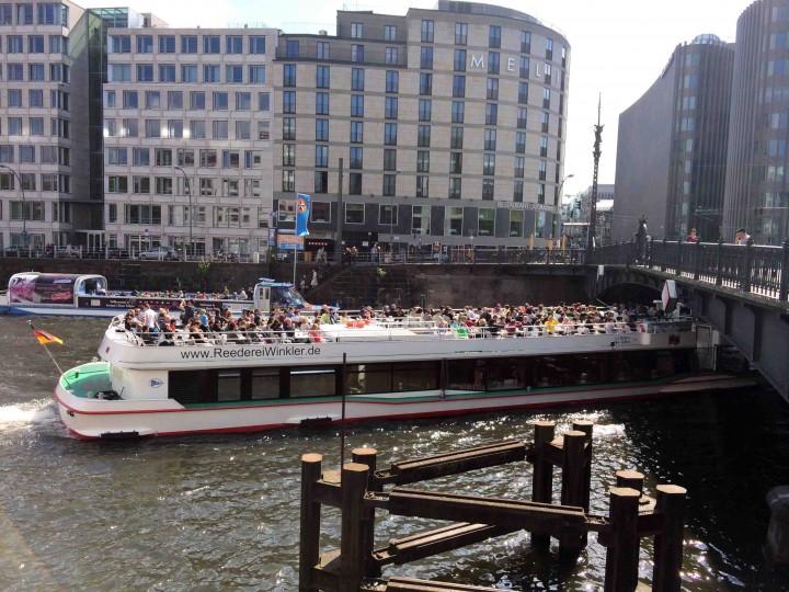 big_tour_boats_berlin_germany