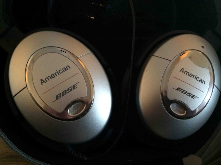 bose_headphone_american_airlines_1st_class