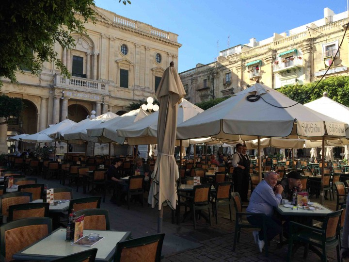 cafe_national_library_malta
