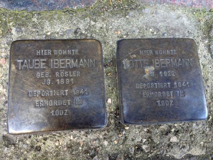 gold_stones_berlin_germany
