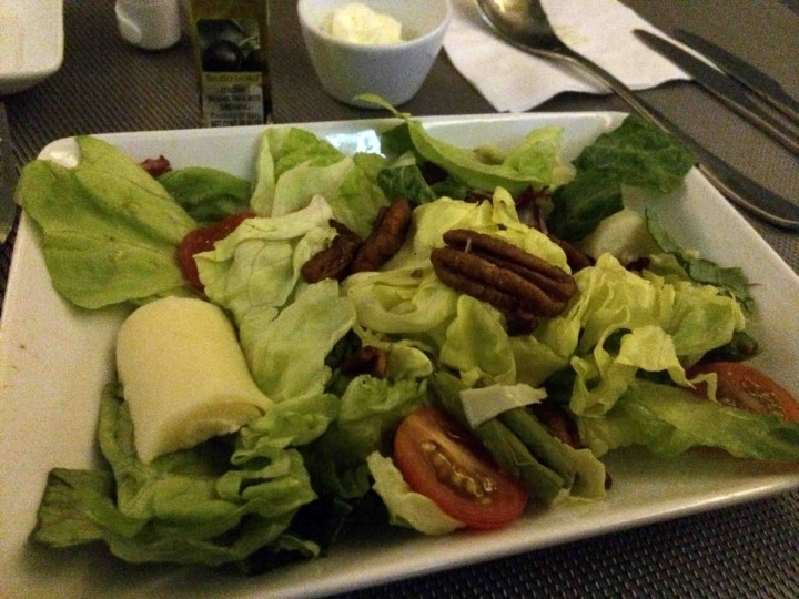 salad_american_airlines_first_class