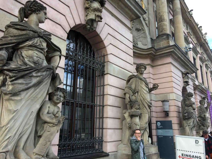statues_berlin_germany