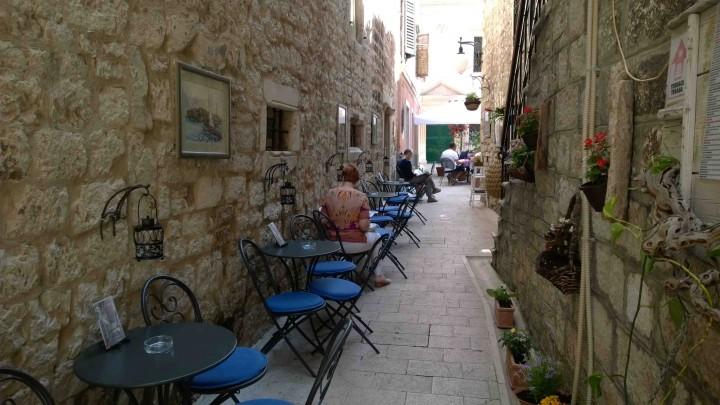 cool_alleys_sibenik_croatia