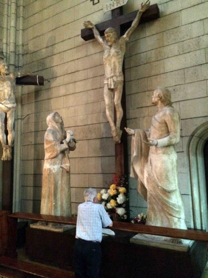 praying_zagreb_croatia