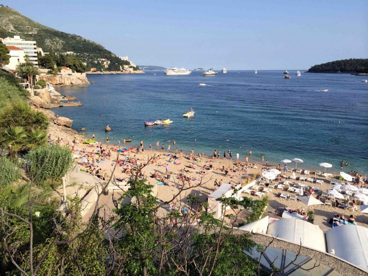 beaches_outside_old_city_dubrovnik