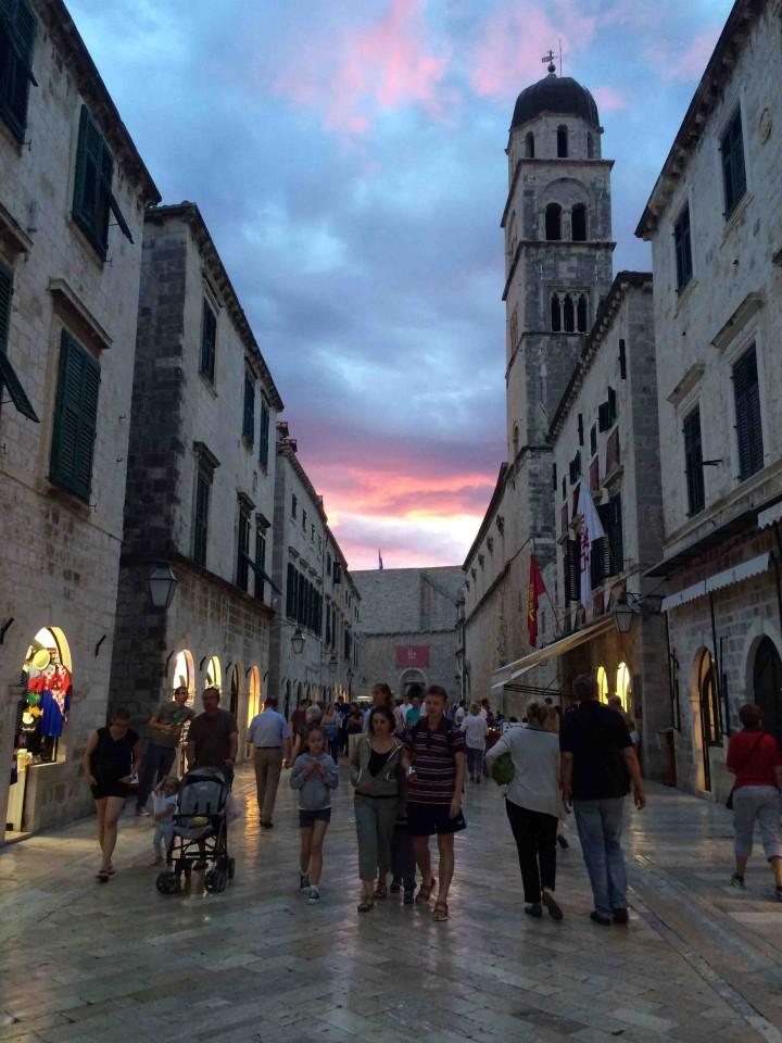 dusk_red_skies_oldcity_dubrovnik_croatia