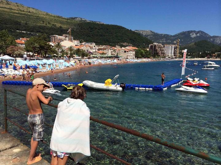 kids_fishing_petrovac_montenegro