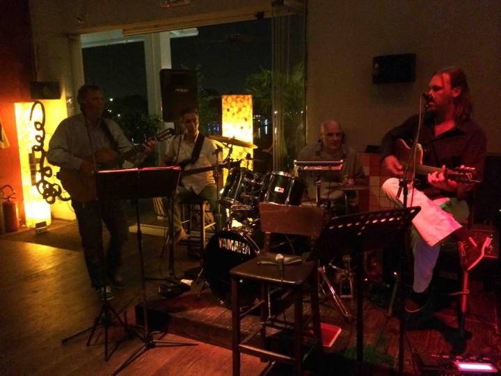 live_band_sava_riverside_belgrade_serbia