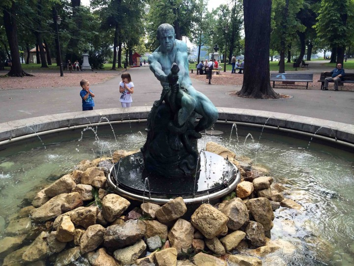 statue_belgrade_serbia