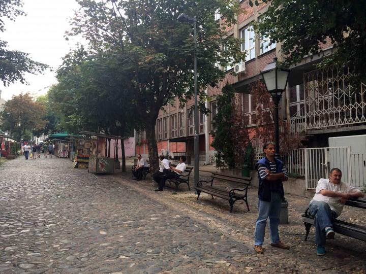 street_chilling_belgrade_serbia
